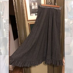 Charcoal Wool Ruffle circle Skirt full sweep vtg